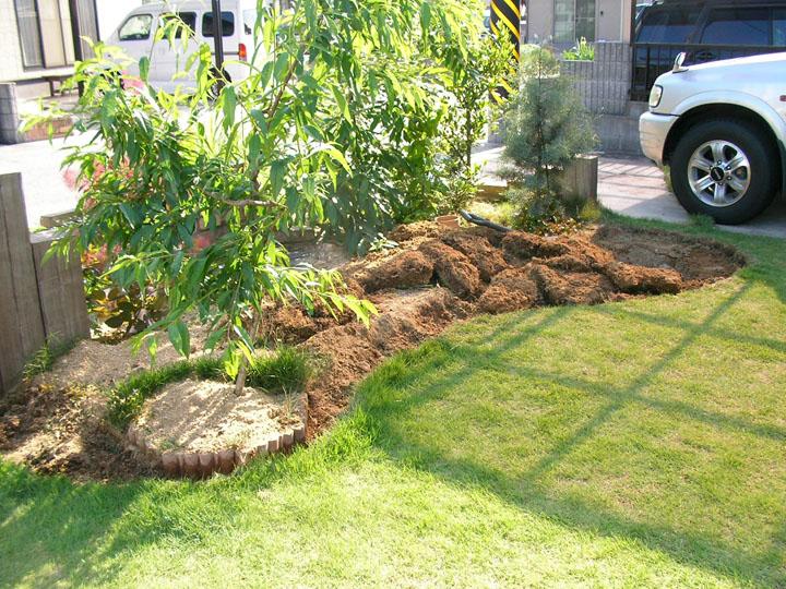 芝刈りと芝生のレイアウト変更19