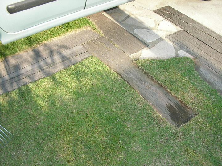 芝刈りと芝生のレイアウト変更7