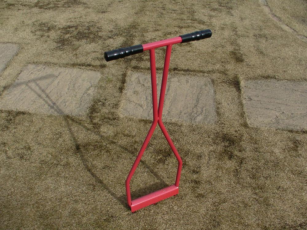 芝生の更新作業9