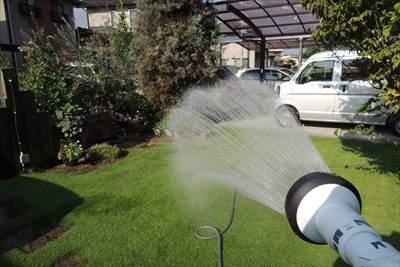 芝生の水やり・散水